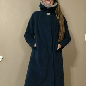 Vintage navy trench with real fur collar